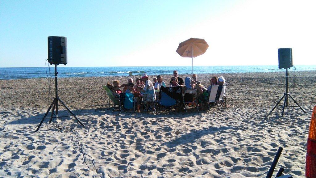 Radio Zinzine sur la plage de Piemanson